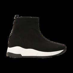Sneakers trainer nere con suola super light, Scarpe, 129367111MFNERO, 001 preview