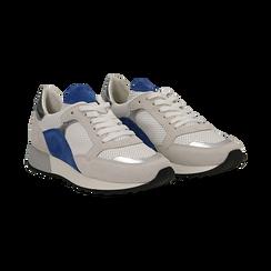 Sneakers bianche in vero camoscio dettagli blu con suola dentellata,