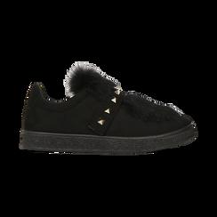 Sneakers nere  slip-on con dettagli faux-fur e borchie, Scarpe, 129300023MFNERO, 001 preview