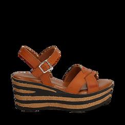 Sandali platform cuoio in eco-pelle, zeppa righe optical 8 cm , Primadonna, 13A139255EPCUOI036, 001a