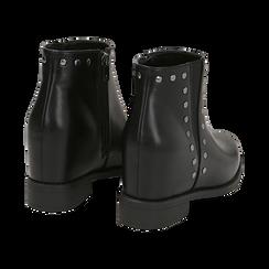 Ankle boots borchiati neri in eco-pelle con zeppa interna, Stivaletti, 149721213EPNERO035, 004 preview
