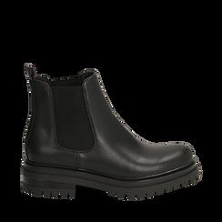Chelsea boots neri in eco-pelle, tacco 4,5 cm , Scarpe, 140618191EPNERO035, 001a