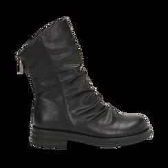 Ankle boots drappeggiati neri in eco-pelle, Stivaletti, 14A719675EPNERO035, 001 preview