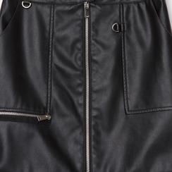 Minigonna nera in eco-pelle con zip,