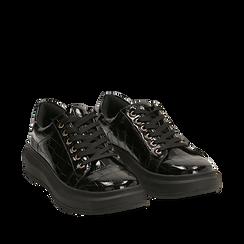 Sneakers nere in vernice effetto coccodrillo, suola 4 cm , Scarpe, 142019051VENERO036, 002a