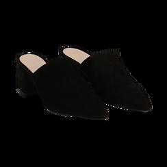 Mules nere in camoscio con punta affusolata, tacco 6 cm,