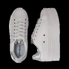 Sneakers bianche in eco-pelle dettaglio argento e suola platform, Scarpe, 132602020EPBIAR036, 003 preview