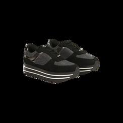 Sneakers nere con maxi platform a righe bianche e nere, 122707075MFNERO035, 002