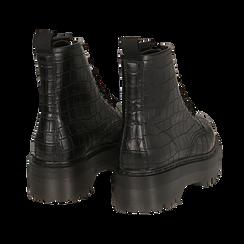 Anfibi neri in eco-pelle, effetto coccodrillo, suola 4,50 cm , Stivaletti, 142800001CCNERO035, 004 preview