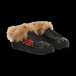 Sneakers nere con ricami animalier e dettagli in faux-fur, Primadonna, 126102020EPNERO036, 002 preview