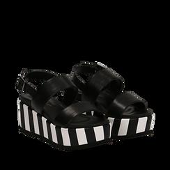 Sandali platform neri in eco-pelle, zeppa optical 7 cm , Scarpe, 134894399EPNERO037, 002a