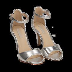 Sandali argento in eco-pelle laminata, tacco 9,5 cm, Sandali con tacco, 154901361LMARGE035, 002a
