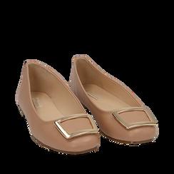 Ballerines nude en simili-cuir avec une boucle, Chaussures, 154969811EPNUDE035, 002a