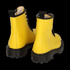 Anfibi gialli in eco-pelle, Stivaletti, 142801501EPGIAL035, 004 preview