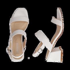 Sandalias en eco-piel con estampado de serpiente color blanco, tacón 6,50 cm, Primadonna, 152790111PTBIAN036, 003 preview