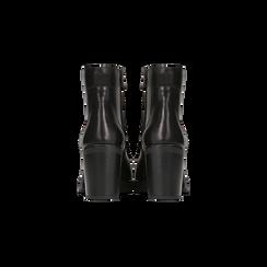 Anfibi neri in vera pelle con suola carrarmato, tacco 6 cm, Primadonna, 127723807PENERO, 003 preview