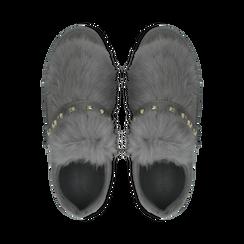 Sneakers grigie slip-on con dettagli faux-fur e borchie, Primadonna, 129300023MFGRIG038, 004 preview