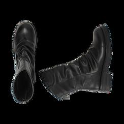 Ankle boots drappeggiati neri in eco-pelle, Stivaletti, 14A719675EPNERO035, 003 preview