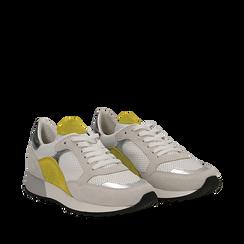 Sneakers bianche in vero camoscio dettagli gialli con suola dentellata, Scarpe, 131602236CMGIAL036, 002a