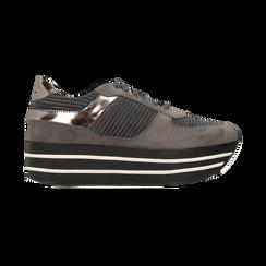 Sneakers grigie con maxi platform a righe bianche e nere, Scarpe, 122707075MFGRIG, 001 preview