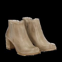 Chelsea boots traforati beige in vitello, tacco 6 cm , Scarpe, 138900600VIBEIG035, 002a