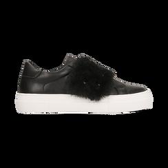 Sneakers nere Slip-on con dettagli faux-fur e borchie, Scarpe, 126103025EPNERO, 001 preview