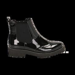 Chelsea boots neri in vernice con lavorazione Duilio, Primadonna, 143055702VENERO039, 001 preview