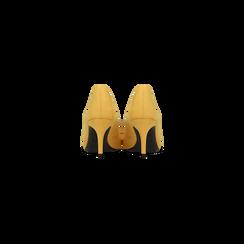 Décolleté scamosciate gialle con punta affusolata, tacco medio 7,5 cm, Scarpe, 122111552MFGIAL, 003 preview