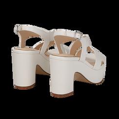 Sandali con plateau bianchi in eco-pelle, tacco 9 cm , Scarpe, 138402258EPBIAN036, 004 preview