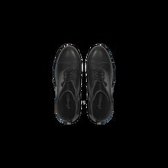 Anfibi neri in vera pelle con suola carrarmato, tacco 6 cm, Primadonna, 127723807PENERO, 004 preview