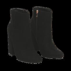 Ankle boots a punta neri in microfibra, tacco 11 cm , Stivaletti, 142186942MFNERO035, 002a