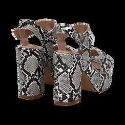 Sandali con plateau bianco/neri in eco-pelle, effetto snake skin, tacco 11 cm , Sandali con tacco, 134903269PTBINE035, 004 preview