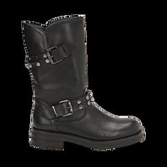 Biker boots con fibbie e borchie neri in eco-pelle, tacco 4 cm , Stivaletti, 14A719671EPNERO035, 001a