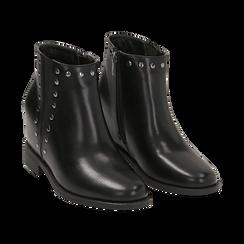 Ankle boots borchiati neri in eco-pelle con zeppa interna, Stivaletti, 149721213EPNERO035, 002 preview