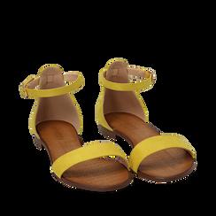 Sandali gialli in microfibra, Chaussures, 154903091MFGIAL035, 002a