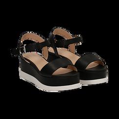 Sandali platform neri in eco-pelle, zeppa 6 cm ,