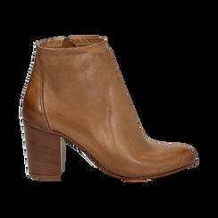Ankle boots in vera pelle cuoio con tacco in legno 8 cm, Scarpe, 137725901PECUOI039, 001 preview