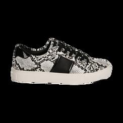 Sneakers bianco/nere in eco-pelle, effetto snake skin, Scarpe, 142619071PTBINE035, 001 preview