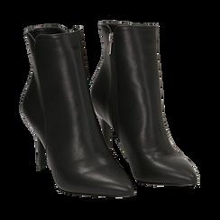 Ankle boots a punta neri in eco-pelle, tacco 8,5 cm , Stivaletti, 141764344EPNERO035, 002 preview
