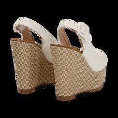 Sandali platform bianchi in eco-pelle, zeppa intrecciata 13 cm , Primadonna, 134907984EPBIAN035, 004 preview