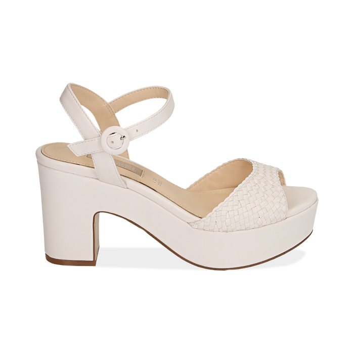 Sandali bianchi in eco-pelle intrecciata, tacco zeppa 8,50 cm , PROMOTIONS, 158480212EIBIAN038