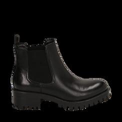 Chelsea boots neri in eco-pelle, tacco 4,5 cm , Scarpe, 143096910EPNERO035, 001a