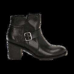 Ankle boots neri in eco-pelle con gambale traforato, tacco 7 cm, Scarpe, 130682987EPNERO037, 001 preview