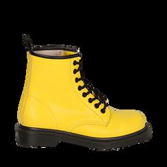 Anfibi gialli in eco-pelle, Stivaletti, 142801501EPGIAL035, 001a