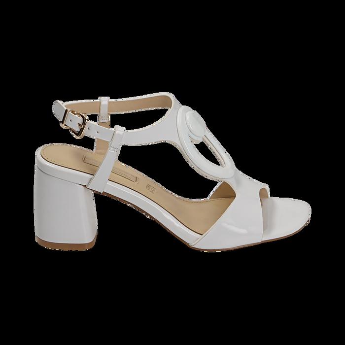 Sandalias en charol color blanco, tacón 6,50 cm , OPORTUNIDADES, 152166341VEBIAN036
