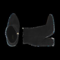 Ankle boots a punta neri in microfibra, tacco 11 cm , Stivaletti, 142186942MFNERO035, 003 preview