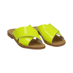 Mules flat gialle in vernice fluo,