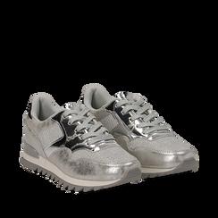 Sneakers argento in tessuto laminato e dettagli mirror, Scarpe, 130100107LMARGE036, 002a