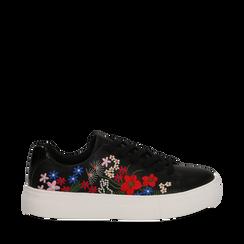 Sneakers nere in eco-pelle con ricami fiorati, Scarpe, 132618501EPNERO035, 001a