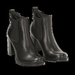 Ankle boots neri in pelle di vitello, tacco 8 cm , Stivaletti, 148900880VINERO036, 002a